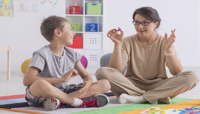 بهترین روش های بازی درمانی برای کودکان